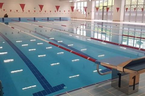 Стартиране на занимания в закрит басейн